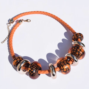 Gros collier orange