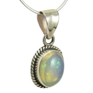 Opale noble pendentif