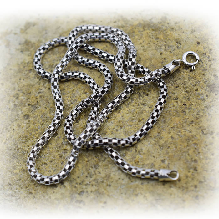 collier maille ajourée homme ou femme