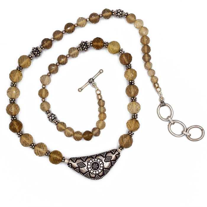 Collier pierre fine quartz fumé