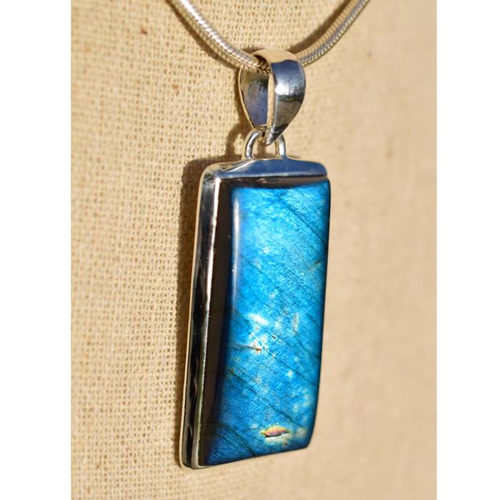 Labradorite bleue pendentif