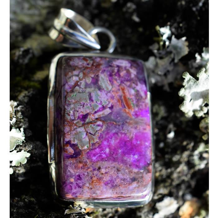 Charoïte violet pendentif