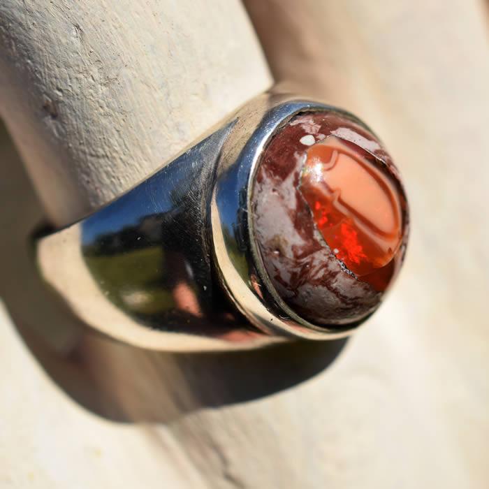 Pièce unique opale de feu bague chevalière