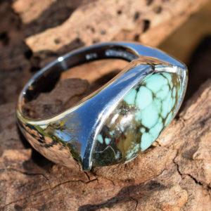Bague avec pierre horizontale turquoise