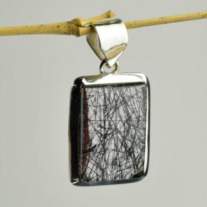 Tourmaline noire pierre d'encrage et de protection