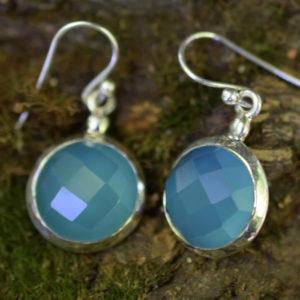 Boucles d'oreilles rondes avec agates bleues Calcédoines